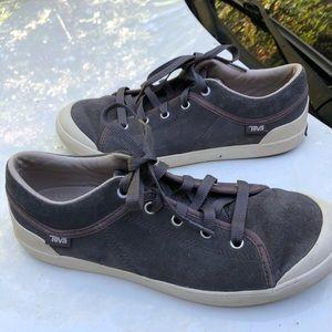 Teva grey suede sneakers 9